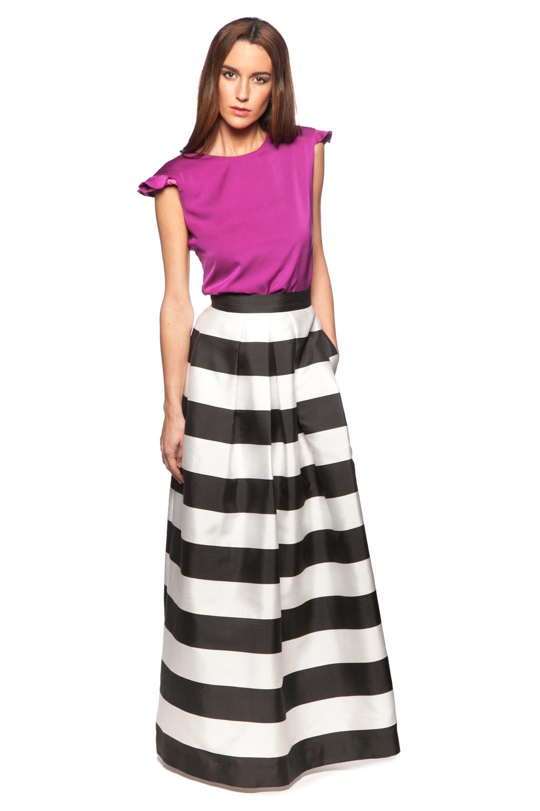 front - Falda Stripes Black and White