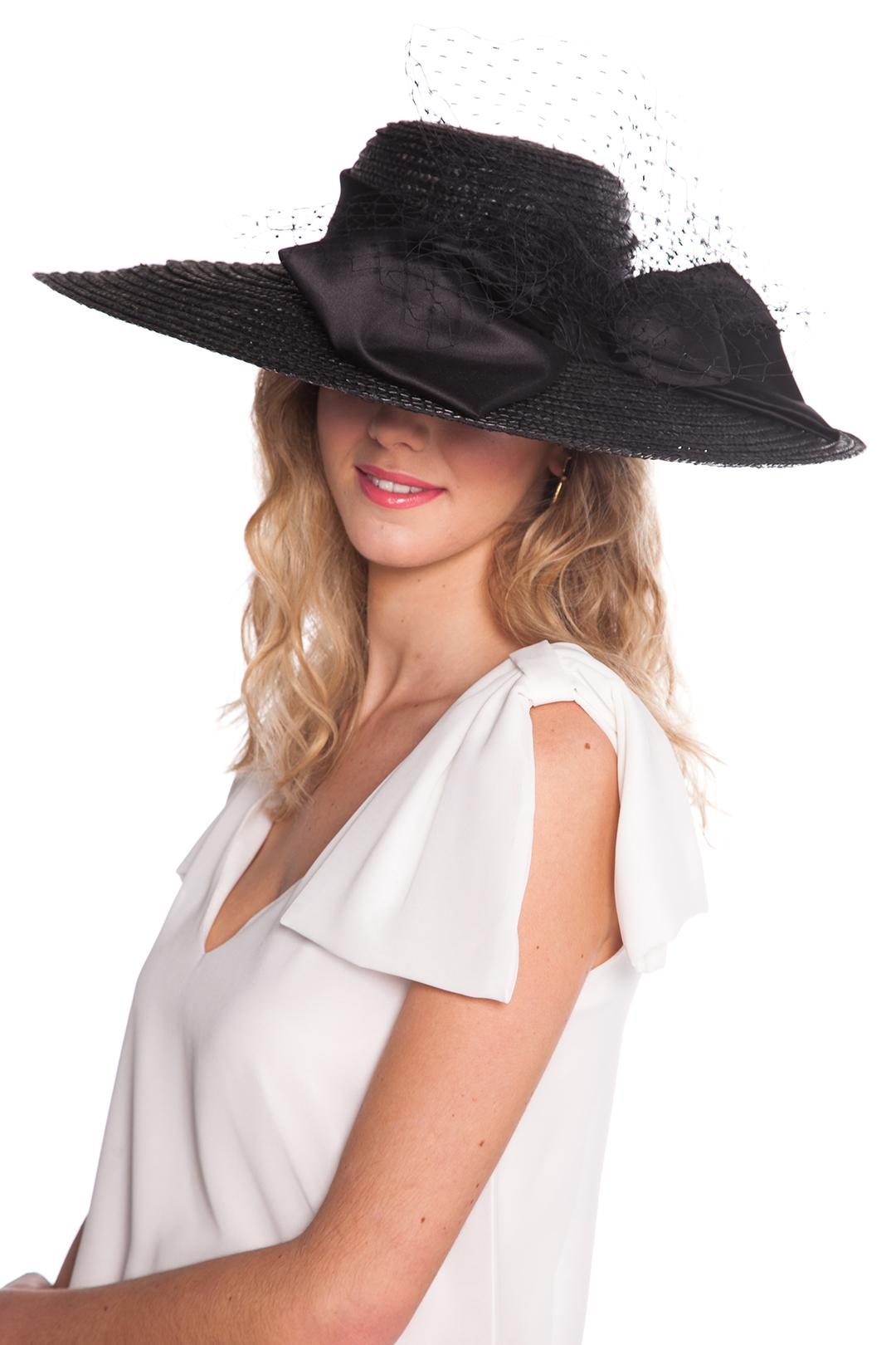 front - Pamela Lady in Black