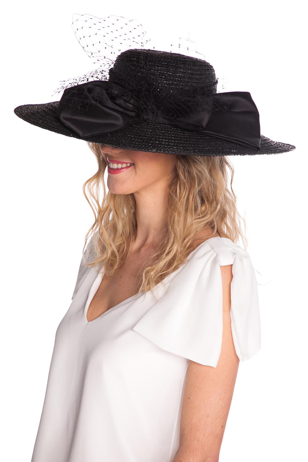 back - Pamela Lady in Black