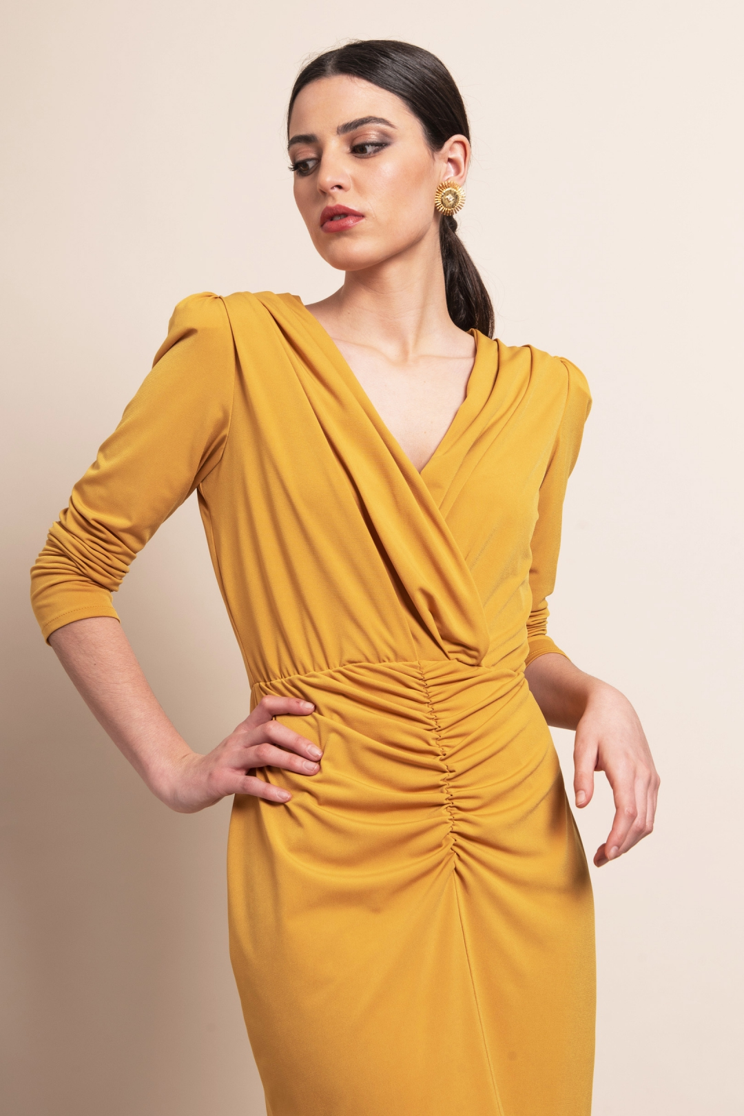 front - Vestido Catalina Mostaza