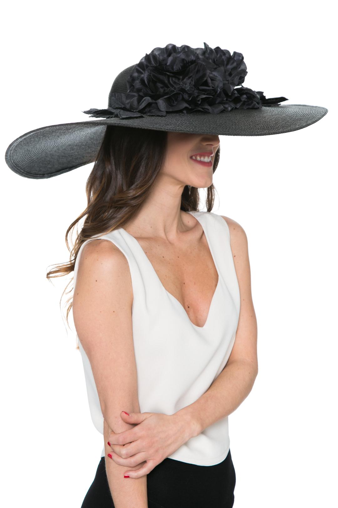 back - Pamela Total in Black